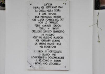 Lapide a ricordo della Chiesa - Trarivi