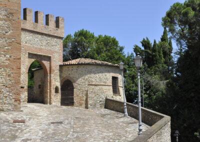 Torrioncino circolare - Monte Colombo